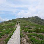 平標山・仙ノ倉山(谷川連峰) 日帰り登山 ~~広大な稜線とお花畑と木道~~