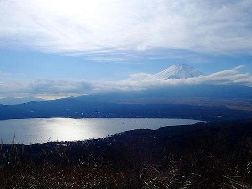 石割山~平尾山~太平山 日帰り登山 富士山と山中湖の大展望