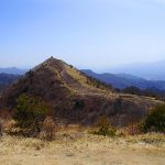 飯盛山(野辺山高原) 八ヶ岳の大展望と草原広がる大パノラマ登山