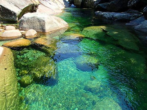 屋久島の旅(4日目) エメラルドグリーンの横河渓谷と大海原