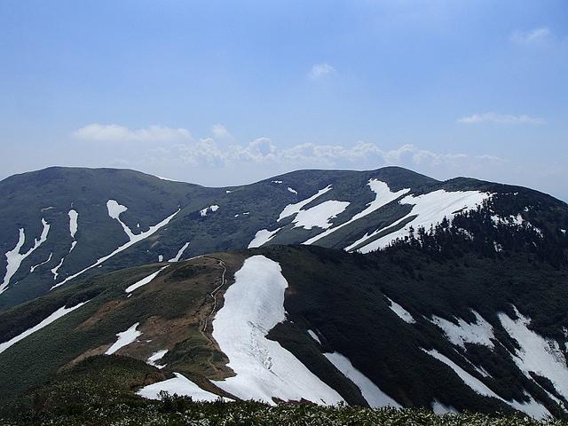 巻機山 日帰り登山 ~~残雪の雪渓・天狗尾根・割引岳コース~~