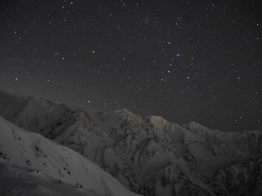 白馬岳と星空