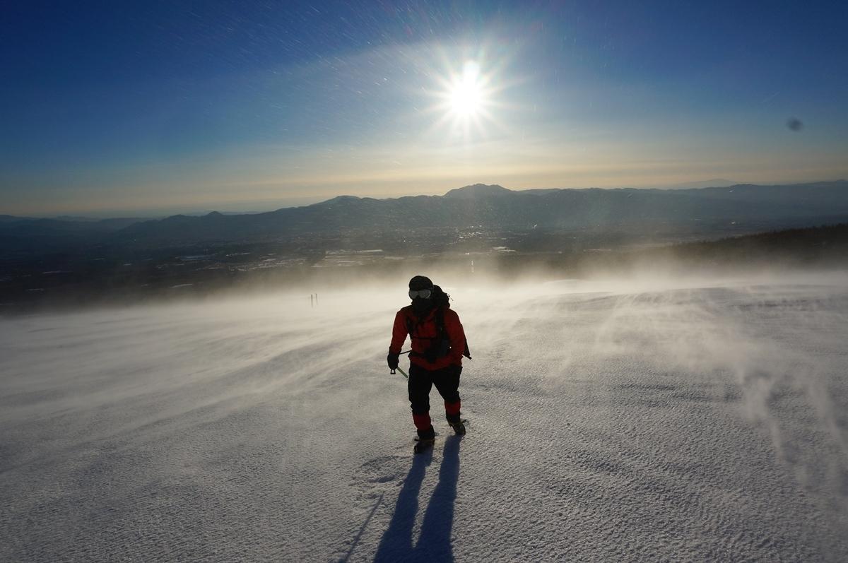 宝永山(富士山側火山) 暴風の中での決死の雪山登山