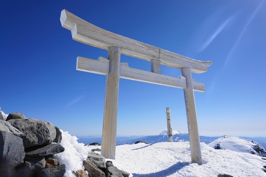 冬の乗鞍岳(北アルプス) 位ヶ原山荘泊 雪山登山