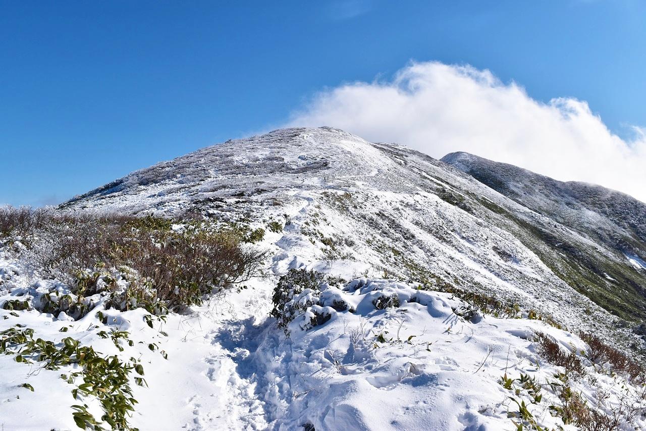 冬の平標山(谷川連峰) 電車とバスで行く日帰り雪山登山