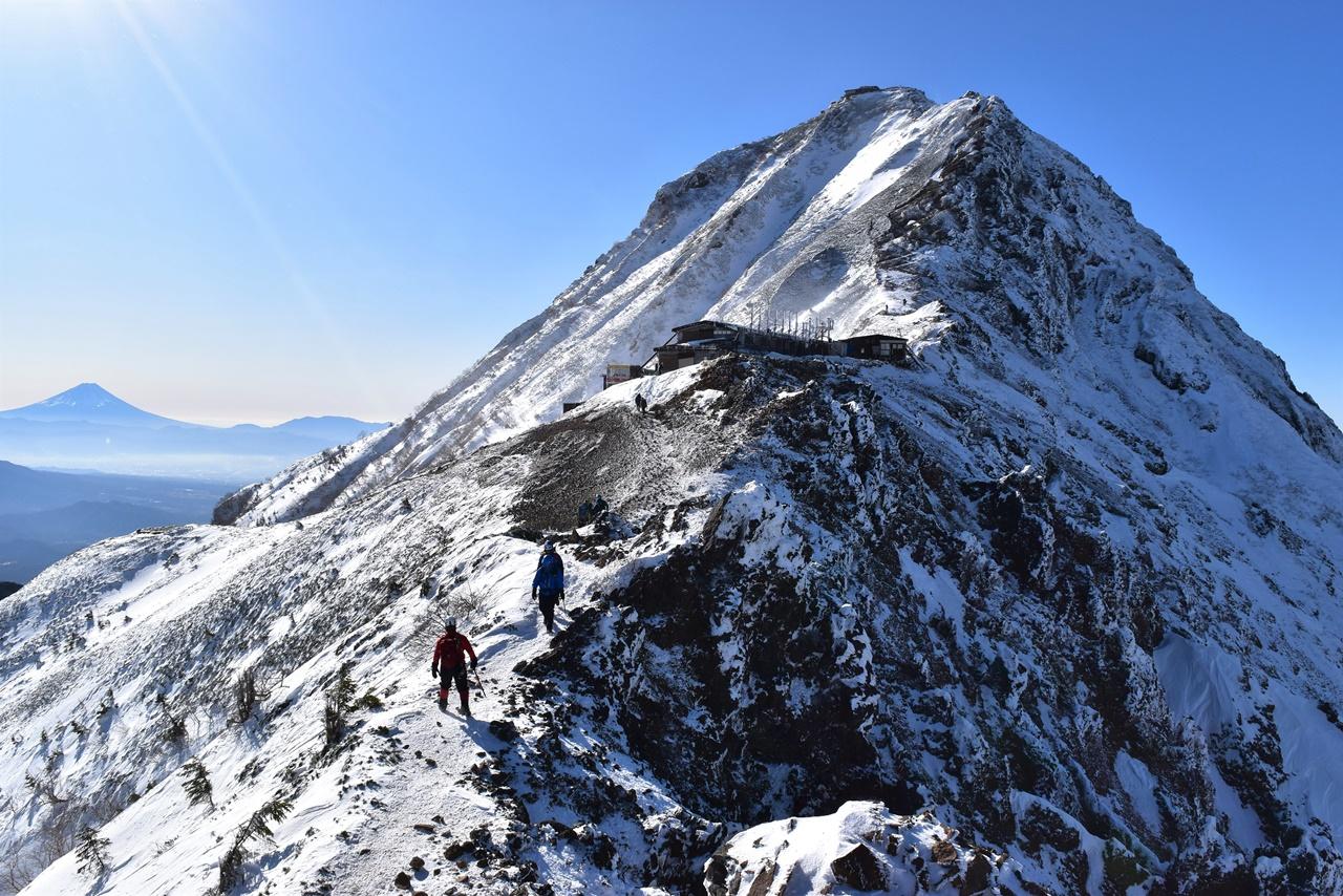 【八ヶ岳】冬の赤岳 日帰り雪山登山 アルプスと富士山と樹氷の絶景