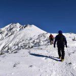 【北アルプス】西穂高岳・独標 岩稜と樹氷、壮大な雪景色へ 日帰り雪山登山