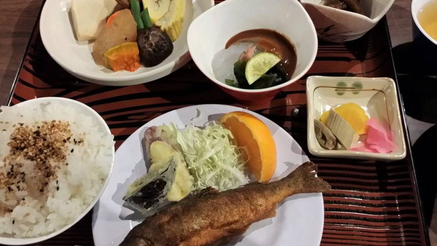 【登山】ご飯が美味しい山小屋たち