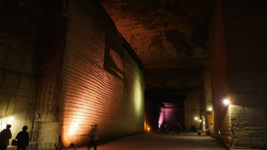 【遺跡探検】大谷資料館 神秘の巨大地下宮殿へ!