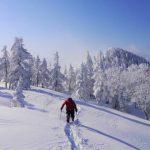 冬のラッセル登山 人気の雪山でも起こりえる死闘!